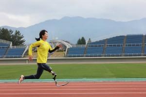 村上選手100m走のデモンストレーション
